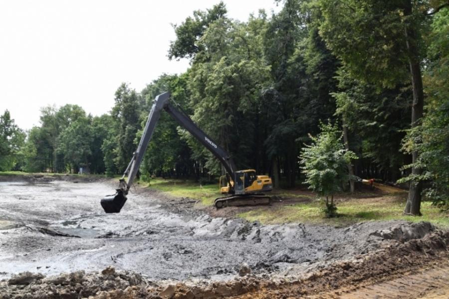 В Воскресенске идёт реставрация парка усадьбы Кривякино