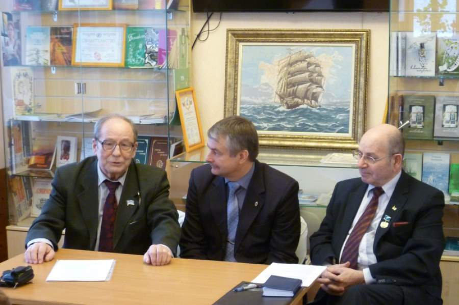 Воскресенские писатели на старте общероссийского Года литературы