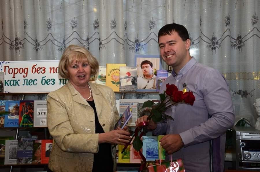 Поэт Андрей Лысенков представил книгу «Високосный век»
