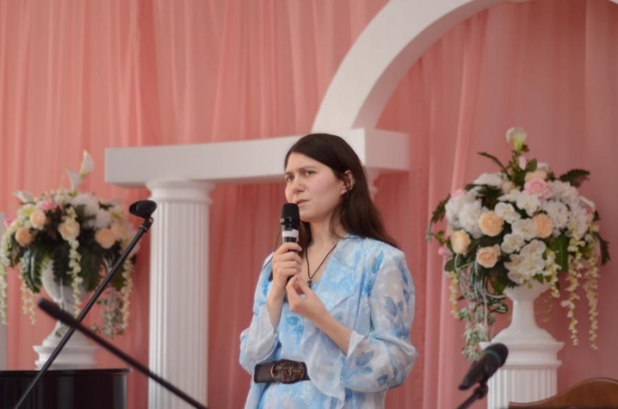 Вечер с поэтессой Зоей Корниенко и дуэтом «Остров»